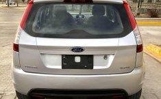 Ford Fiesta Ikon 2013 hatchback-7