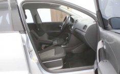 Volkswagen Vento 2016 4p Comfortline L4/1.6 Aut-5