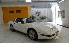 Chevrolet Corvette-6