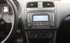 Volkswagen Vento 2016 4p Comfortline L4/1.6 Aut-3