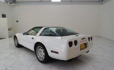 Chevrolet Corvette-0