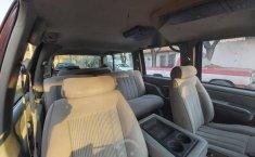 Suburban SLE guinda asientos de tela-8