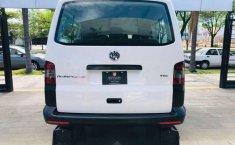 VW TRANPORTER PASAJEROS 2015 #2595-6
