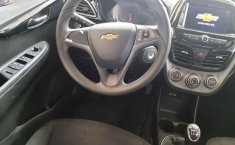 Chevrolet Spark 2019 5p LTZ L4/1.4 Man-2