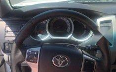 Toyota Tacoma 2013-5