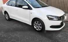 VW Vento 2014-5
