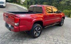 Toyota Tacoma TRD Sport como nueva CRÉDITO-6