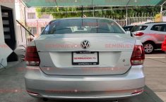 Volkswagen Vento TDI Manual 2018 Factura Original-1