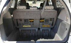 Toyota Sienna 2011 5p XLE aut piel-2