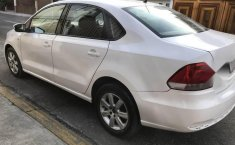 VW Vento 2014-1