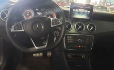 Mercedes Benz Clase CLA-1