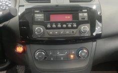 Nissan Sentra-12
