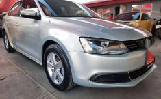 JETTA STYLE AUT IMPECABLE 2011-10