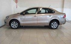 Volkswagen Vento 2020 4p Comfortline L4/1.6 Man-5
