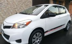 Toyota Yaris 2014 Core Standar Eléctrico Aire/Ac CD Airbags Bluetooth-4