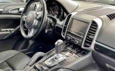 Porsche Cayenne-14