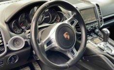 Porsche Cayenne-13