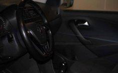 Volkswagen Vento 2019 4p Highline L4/1.6 Man-17