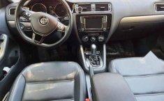 Volkswagen Jetta 2017 4p Sportline L5/2.5 Aut-14