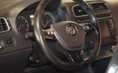 Volkswagen Vento 2019 4p Highline L4/1.6 Man-16