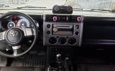 Toyota FJ Cruiser-10
