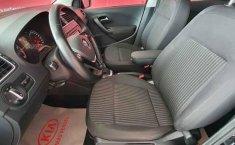Volkswagen Vento 2015 4p Highline L4/1.6 Aut-12