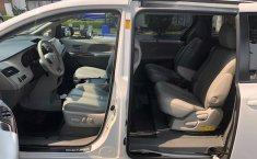 Toyota Sienna 2013 Blanco -1
