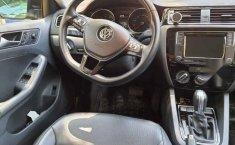 Volkswagen Jetta 2017 4p Sportline L5/2.5 Aut-11