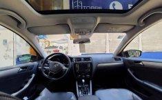 Volkswagen Jetta 2017 4p Sportline L5/2.5 Aut-5