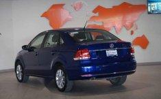 Volkswagen Vento 2019 4p Highline L4/1.6 Man-8