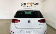 Volkswagen Golf-11