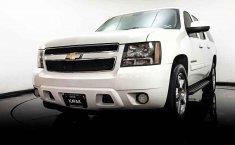 Chevrolet Suburban-20