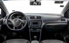 Volkswagen Vento-23