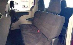 Chrysler Town & Country 2014 5p LX V6/3.6 Aut-4