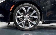 Chrysler 200-10
