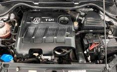 Volkswagen Vento-19