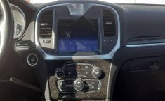 Chrysler 300 2017 V6 Pentastar At-11