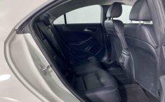Mercedes Benz Clase CLA-6