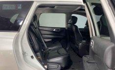 Nissan Pathfinder-1