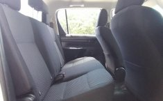 Toyota Hilux-19