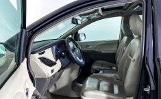 Toyota Sienna-15