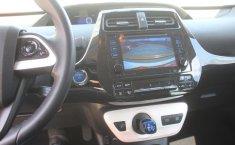 Toyota Prius-11