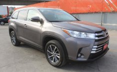 Toyota Highlander-8