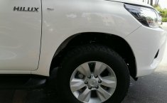 Toyota Hilux-8
