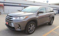 Toyota Highlander-4