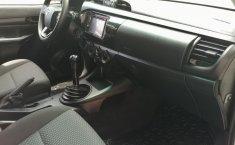 Toyota Hilux-1