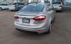 Ford Fiesta-10