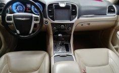 Chrysler 300C 2012 Negro -6