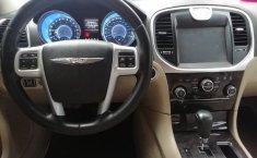 Chrysler 300C 2012 Negro -8
