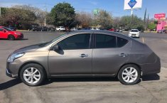Nissan Versa Advance MT 2017-6